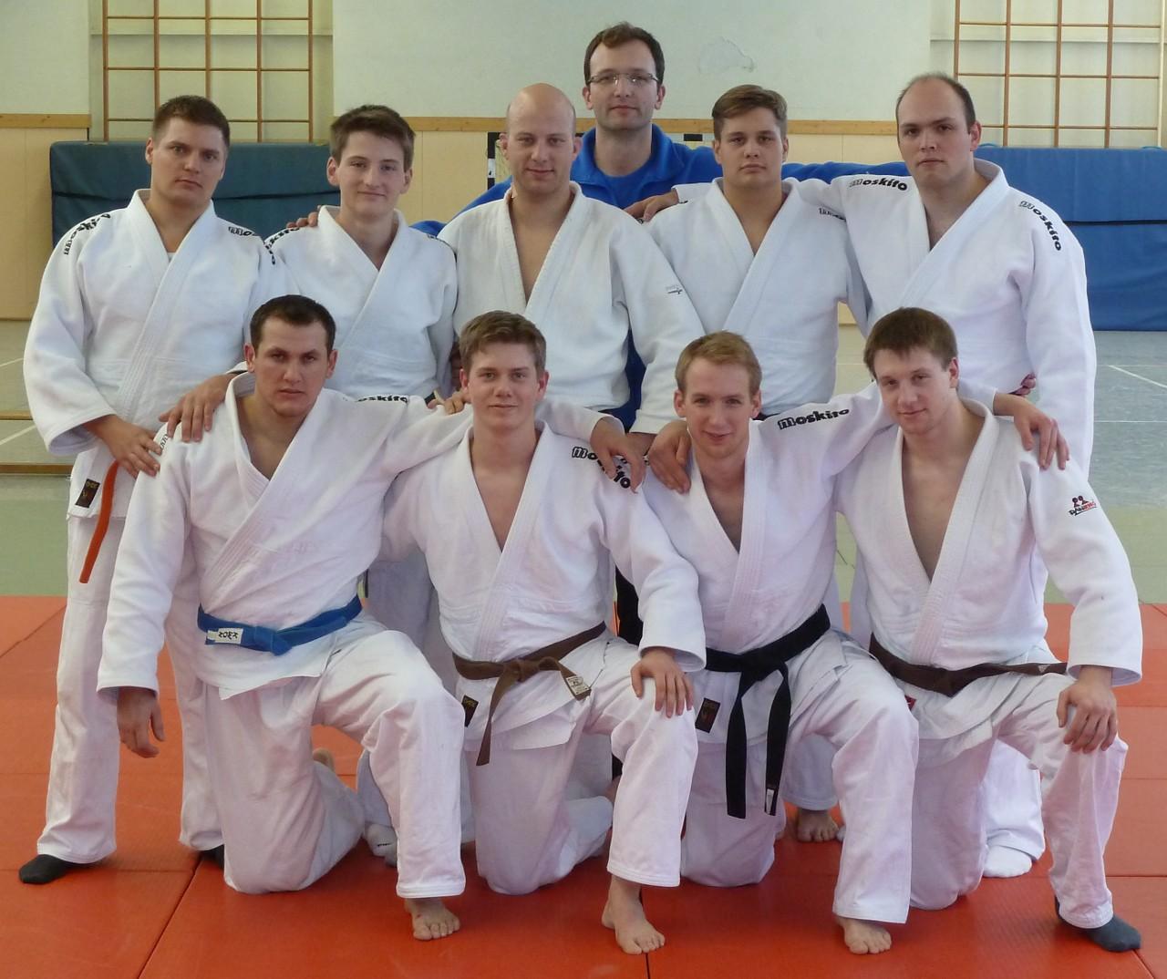 Mannschftsfoto der Mannschaft des TuS Lendringsen 2012